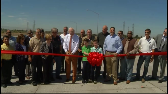 Raw video: Officials cut the ribbon on the Westside Parkway